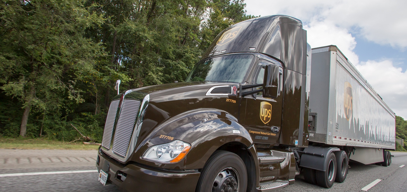 UPS to add 6K+ natural gas trucks to its fleet by 2022