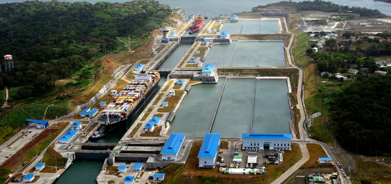 Carriers ask Panama Canal to push back start date for new toll structure